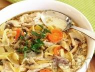 Пилешка супа с нудли в мултикукър